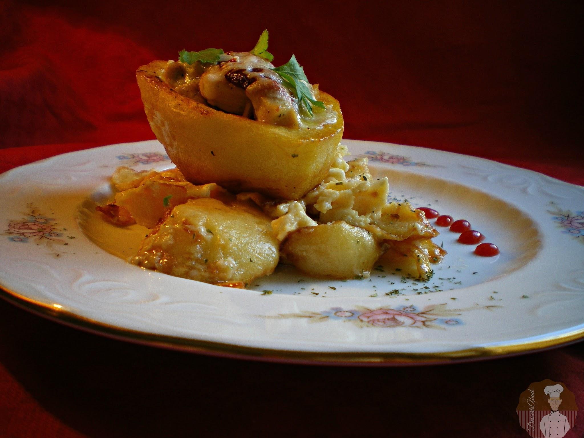 Patatas rellenas con pollo y verduras