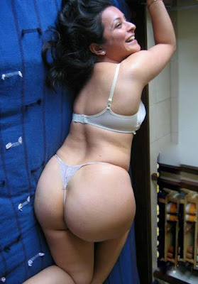 Desi Bikini Girls Aunties Hot Ass Photo