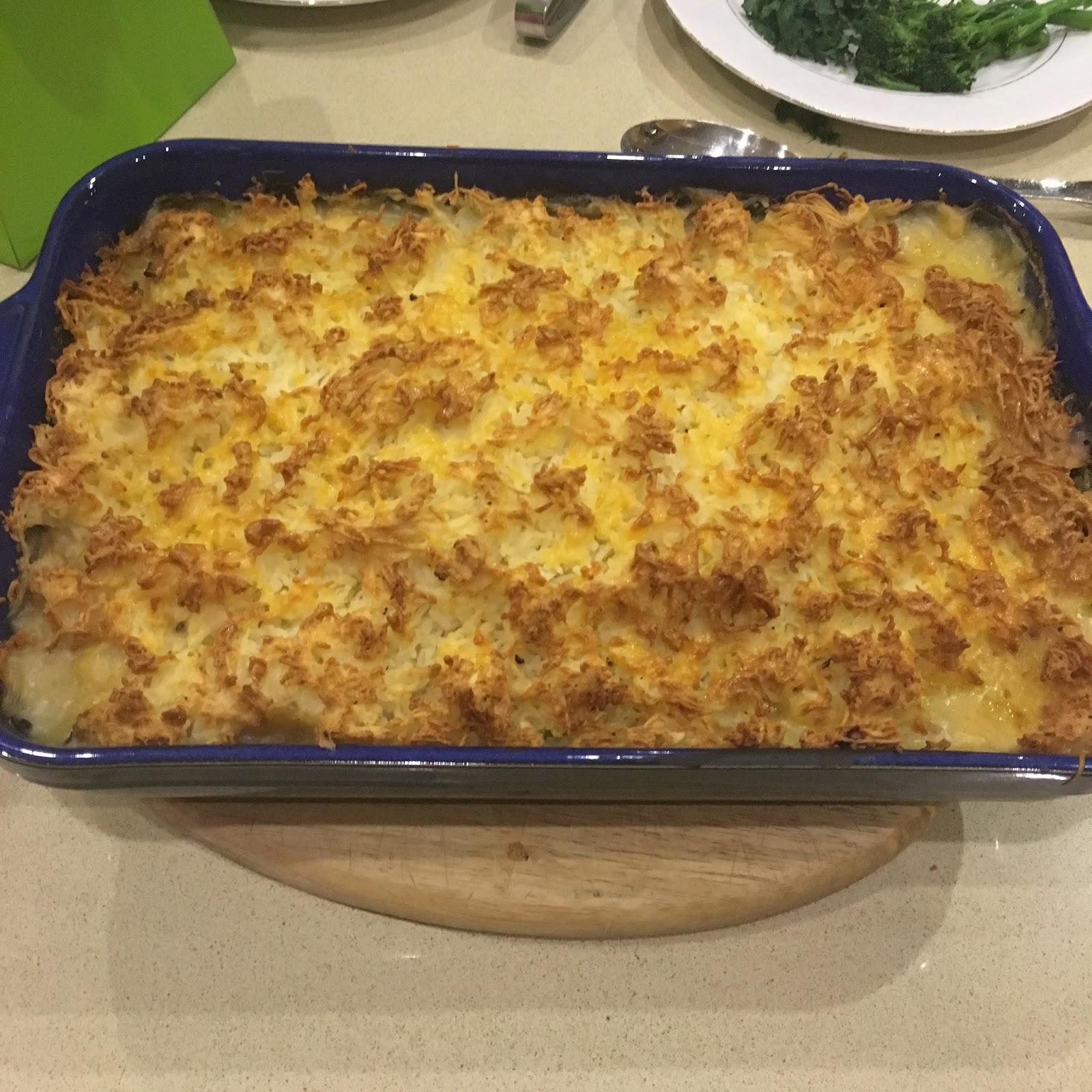 Taste explosions jamie oliver 39 s posh fish pie for Fish pie jamie oliver