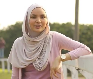 gambar Tren hijab di tahun 2017 Menurut Ria Miranda
