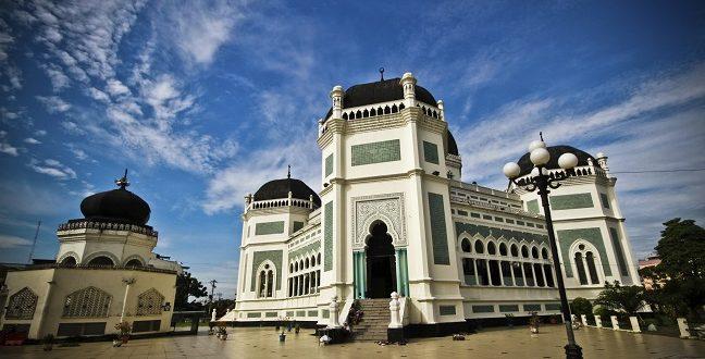 Pendidikan Politik di Masjid Yes, Politik Praktis No
