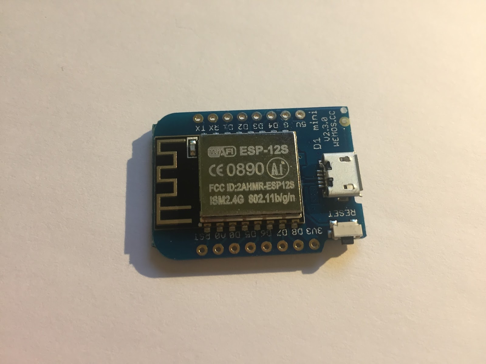 Tutorial: Aprender a usar Wemos D1 Mini (Arduino+Wifi) ~ LuneGate