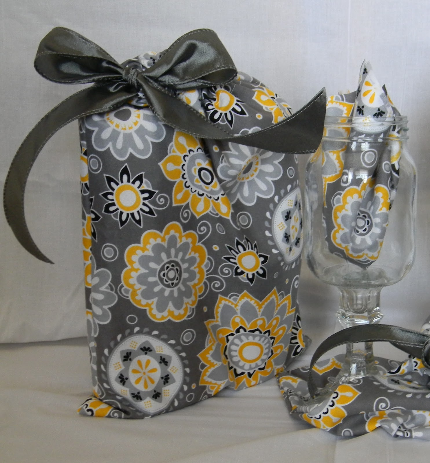 Bling Is My Thing: Wedding Gifts