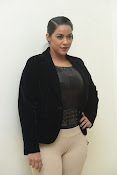 Mumaith Khan latest sizzling photos-thumbnail-10
