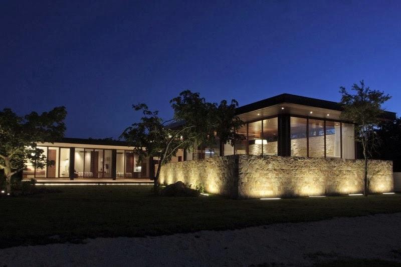 Hogares frescos casa q por augusto quijano arquitectos - Arquitectos en merida ...