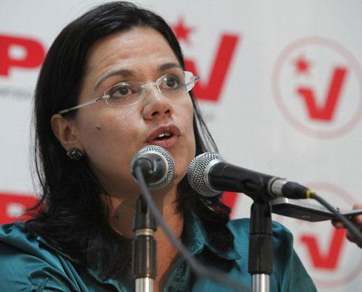 """Sin pruebas: Blanca Eekhout acusó a la MUD de """"imponer la violencia"""" en el país"""