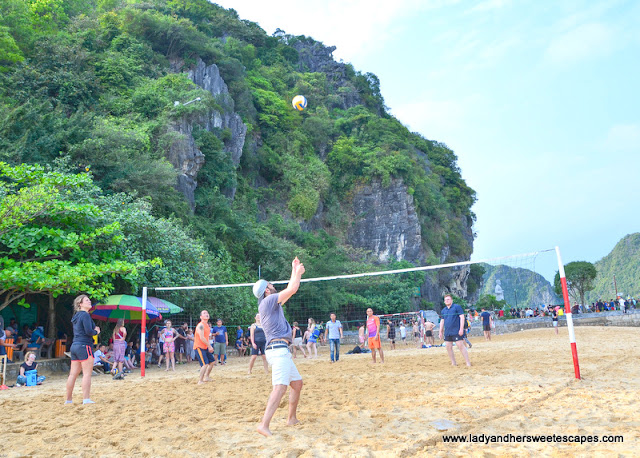 beach volleyball in halong bay