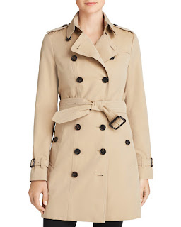 The Trench Coat — 5 pieces of outerwear to add to your work wardrobe to conquer the elements, which what to wear to work when it's snowing and what to wear to work when it's raining. How to start building a professional wardrobe. What coats and jackets you really need for work. professional coats. work jackets. law school blog. law student blogger | brazenandbrunette.com