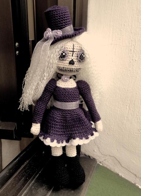 Muñeca-crochet-Catrina-amigurumi