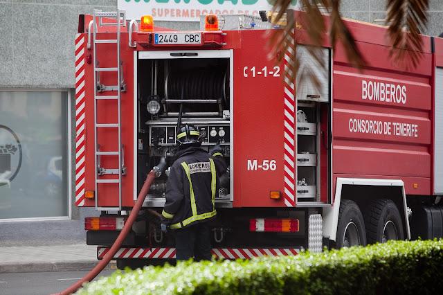 Incendio de un comercio en La Laguna, Tenerife
