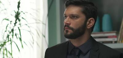 Diogo (Armando Babaioff) será investigado por atentado que cometerá contra Alberto (Antonio Fagundes)