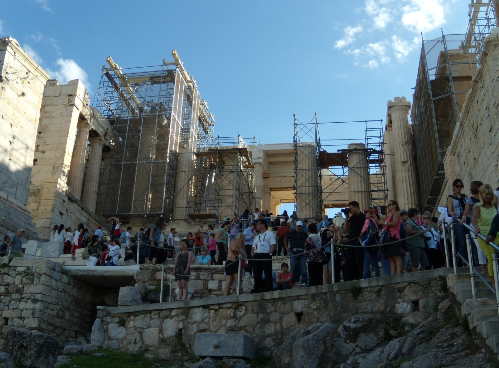 Most Visitors Rush To The Acropolis And Hopefully Include A Tour Of The New  Acropolis Museum And The National Archaeological Museum As Well But There  Are ...