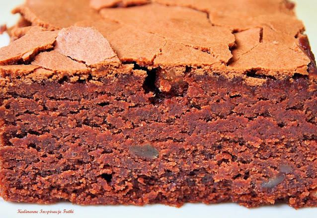 Brownie mocno orzechowe