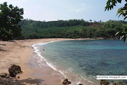 Pantai Pangi Blitar, Surga terpendam Wisata Keluarga Anda