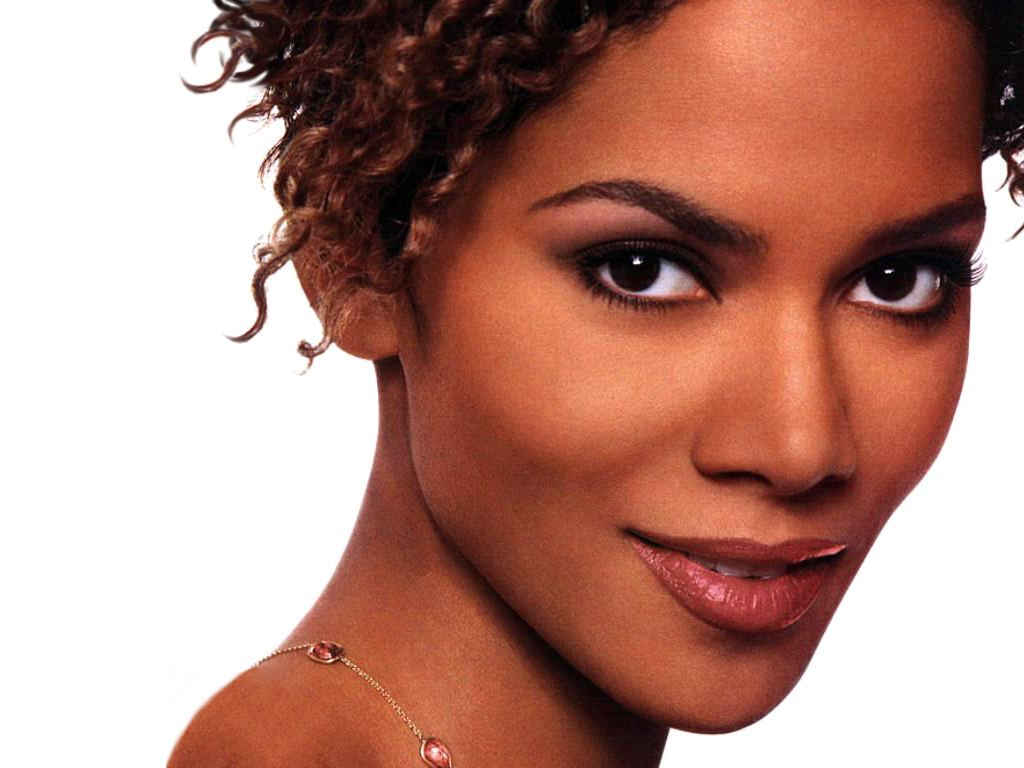 Halle Berry Hot Pictures, Photo Gallery  Wallpapers-2426