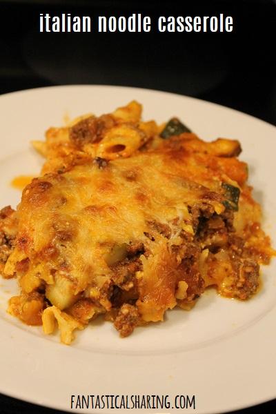 Italian Noodle Casserole #recipe #beef #pasta #Greekyogurt #zucchini #maindish