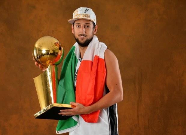 Belinelli in maglia Spurs con il titolo NBA | Numerosette Magazine