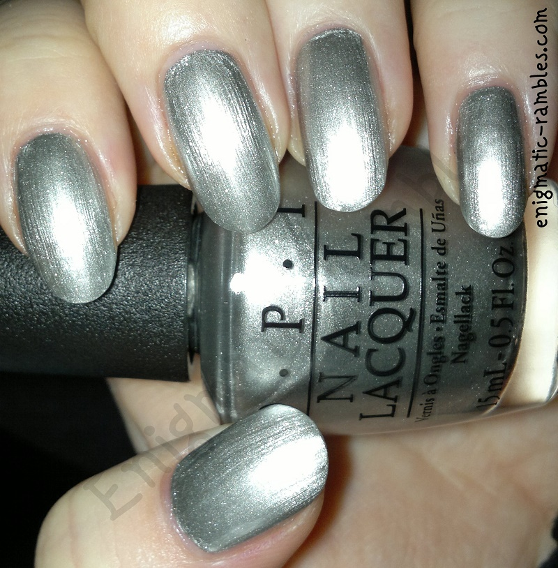 swatch-fifty-shades-of-grey-opi-my-silk-tie