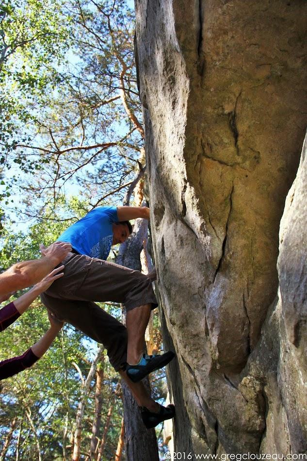 Ivan coince dans la Yoyo, 6A, Rocher Canon, Fontainebleau