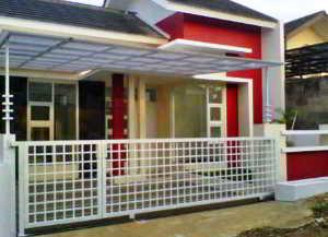 Foto Rumah Minimalis dengan Pagar Warna Putih