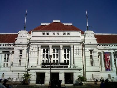 museum bank indonesia yang berada di kawasan kota tua jakarta