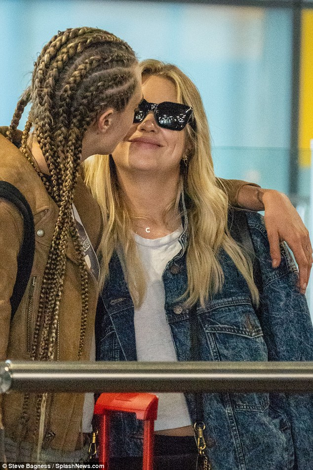 Cara Delevingne and Ashley Benson confirms their romance as they pack on the PDA