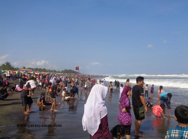 Pada Liburan Lebaran 2016, Pantai Suwuk Kebumen Banjir Pengunjung