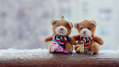 snow-couple-teddybear-imgs-walls-whatsapp
