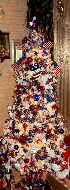 patriotic summer decor and patriotic tree