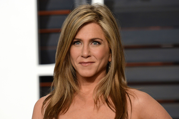 Jennifer Aniston Trends After Brangelina Break Up! Why? Does This Have To Do With Third Party? FIND OUT HERE!