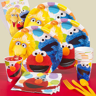 Party package with everything you see is perfect for your Cookie Monster themed party.