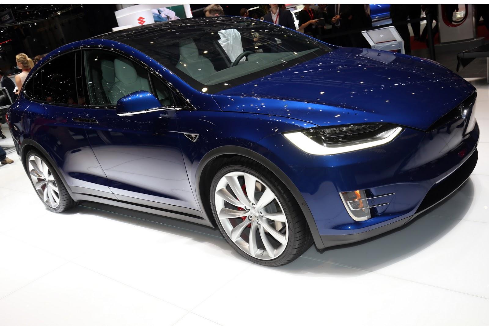 Tesla model 3 or model x we think it s the latter for Tesla model x porte