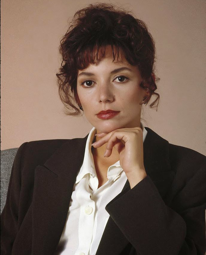 Joanne Whalley Kilmer sexy hot