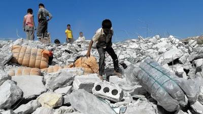 SOHR: Serangan Udara AS Tewaskan Lebih Dari 400 Warga Sipil Suriah