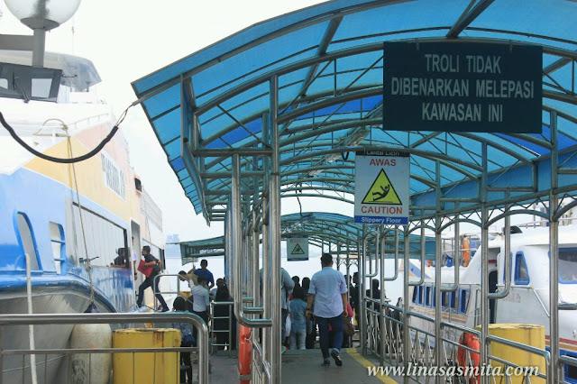 Terminal Ferry Stulang Laut Johor