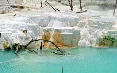 Foto Cantik Kawah Putih Tinggi Raja Simalungun