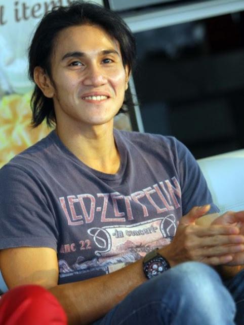 gaya fashion artis pria indonesia 3