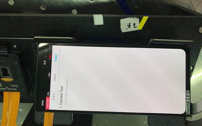 galaxy-s10-plus-with-notch-photo-leaked