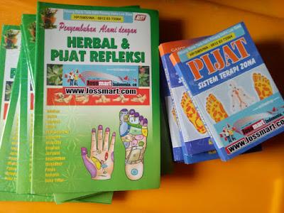 buku-Alat-terapi-pijat-teraksasi-remas-tangan-bergerigi-single-kayupilihan-jossterapi