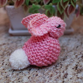 Loom knit bunny pattern easy from a square