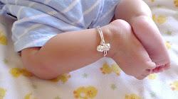 Đeo vòng bạc cho trẻ sơ sinh,trẻ nhỏ lợi hay hại