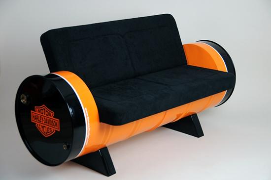 Desain sofa unik dari drum bekas