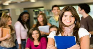 Programa de auxílio oferta 360 bolsas para alunos de graduação da UFCG