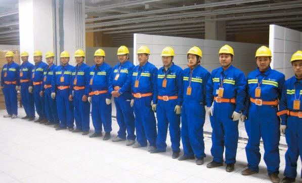 Kết quả hình ảnh cho may đồng phục công nhân