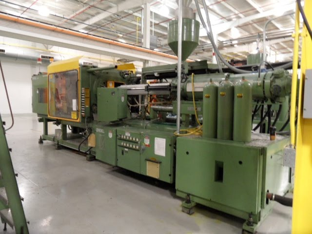 injection mold press