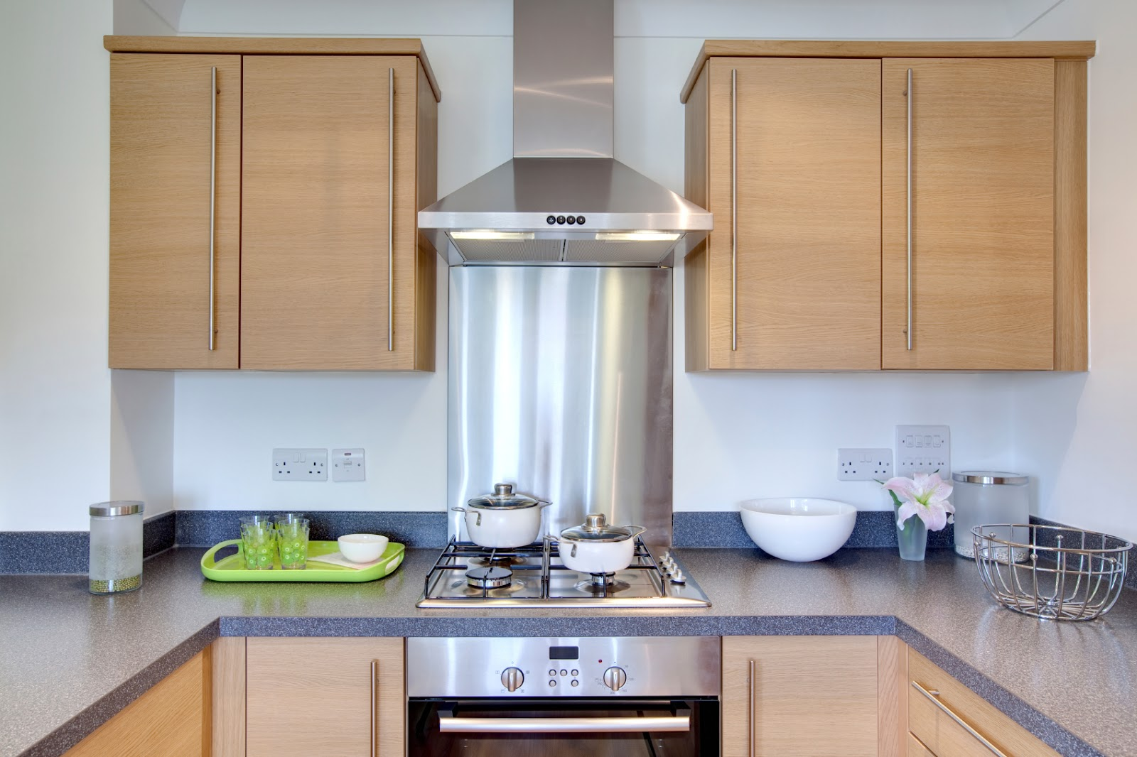 Getting Rid Of Kitchen Odors Is Simpler Than You Might Think If Want To Keep Your House Smelling Fresh Try These Easy Inexpensive Ideas