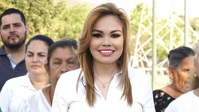 Candidata a diputada por el partido gobernante de México ofrece su 'pack' para atraer votos