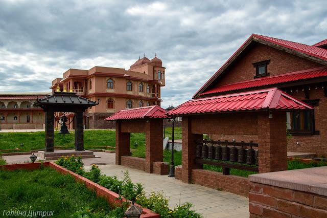 Колокол отеля Непал