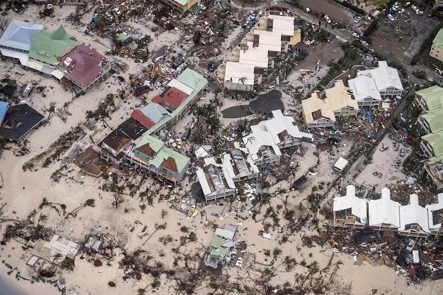 Στο έλεος του τυφώνα Ίρμα Κούβα και Μπαχάμες - Πανικός στη Φλόριντα (βίντεο)