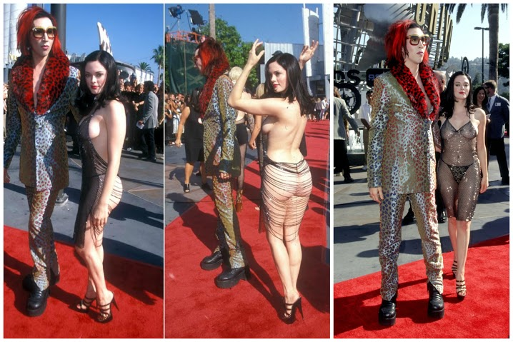 Busana Paling Seksi di Red Carpet - Rose McGowan at the VMAs